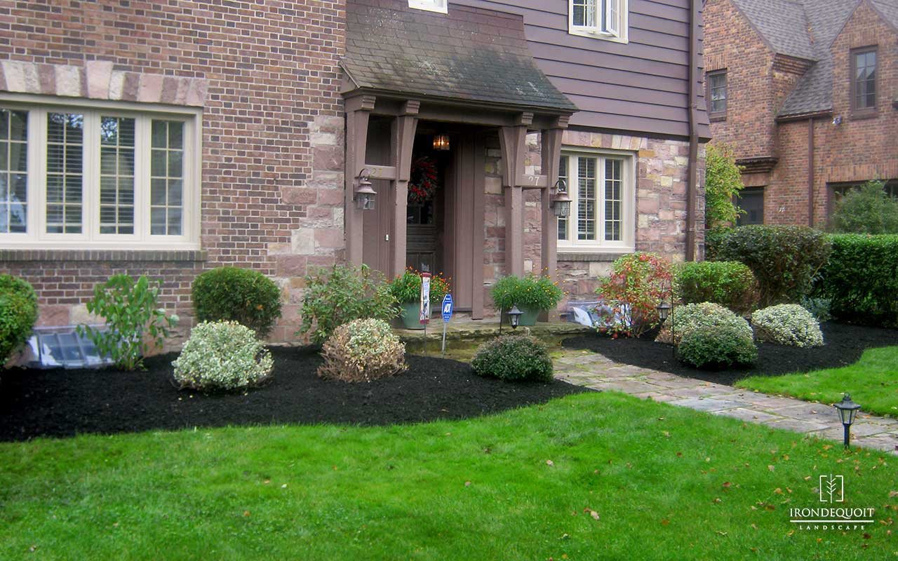 Irondequoit Landscape - Landscaping, hardscaping, lawn care & lawn  maintenance, patios, paver Irondequoit Landscape - - Rochester NY ... - Gallery: Irondequoit Landscape - Landscaping, Hardscaping, And Lawn
